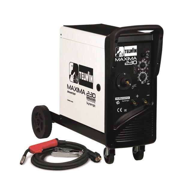 A Maxima 230 Synergic multifunkciós, kerekeken guruló hegesztőgéppel könnyű a munkavégzés, a gép mögé még egy kisebb gázpalack is feltehető a kerekekre